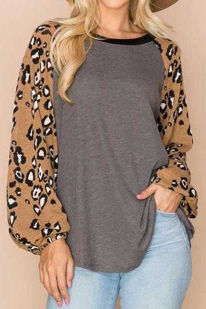 PLUS SIZE-ANIMAL PRINT SLEEVE CONTRAST TUNIC TOP