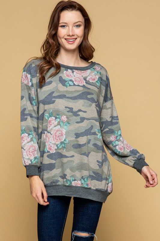 PLUS SIZE-CAMO FLORAL PRINT TUNIC TOP