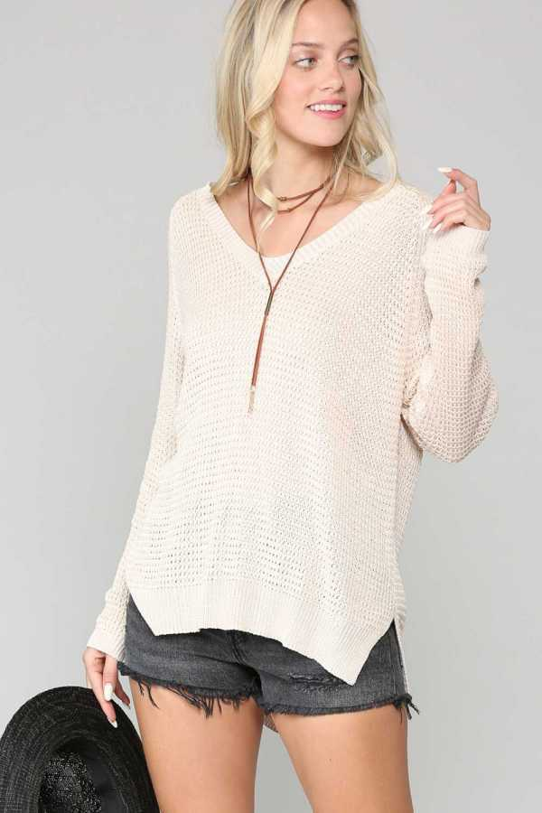 V NECK RIPPED SHOULDER DETAIL TUNIC TOP