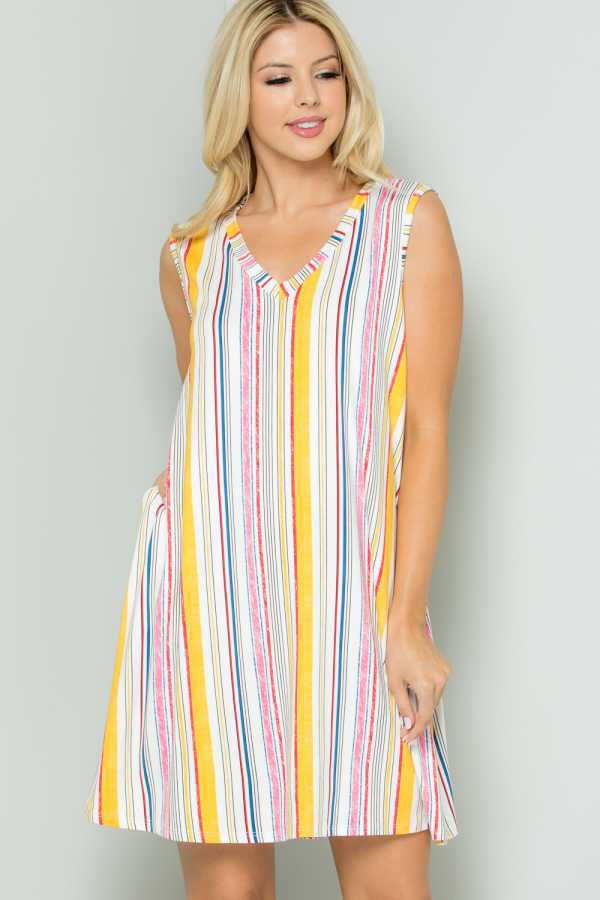 PLUS SIZE STRIPED SLEEVELESS DRESS WITH POCKETS