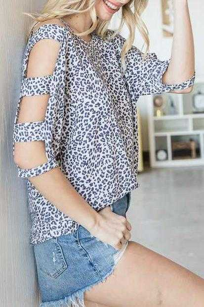 PLUS SIZE-COLD SLEEVE ANIMAL PRINT TUNIC TOP