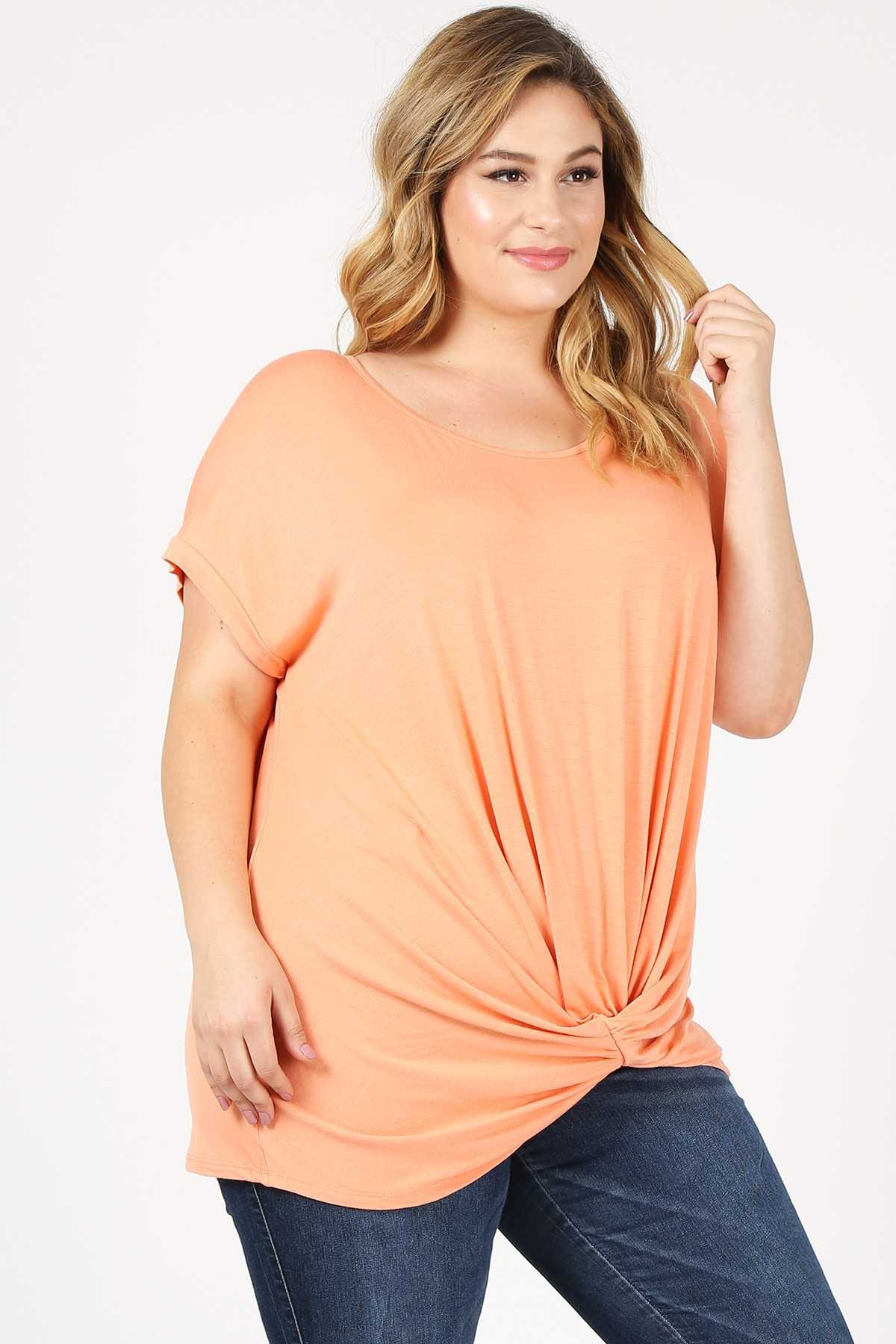 PLUS SIZE KNOTTED HEM SOLID TUNIC TOP