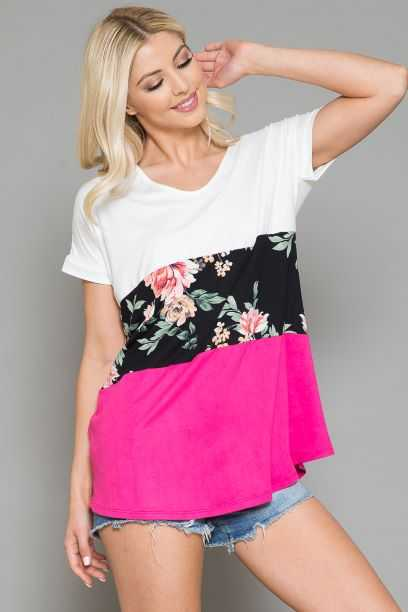 EXTRA PLUS SIZE-FLORAL PRINT V NECK DETAIL TOP