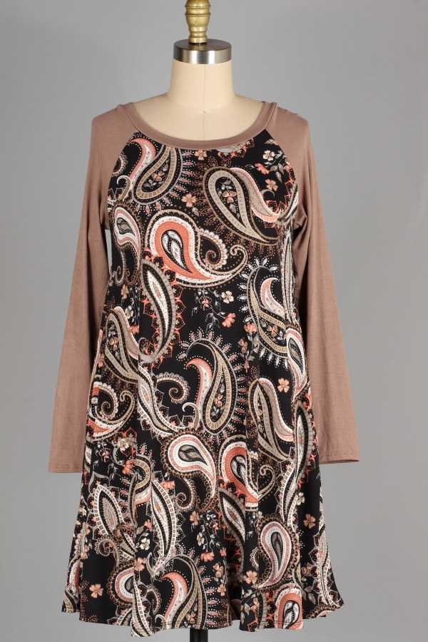 PLUS SIZE-PAISLEY CONTRAST DRESS W POCKETS