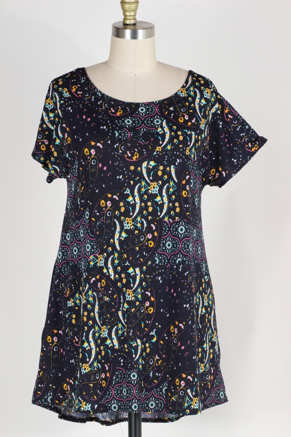 PLUS SIZE-CRISS CROSS BACK PAISLEY TUNIC TOP W POCKETS