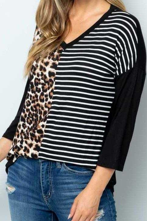 PLUS SIZE-3/4 SLEEVE ANIMAL STRIPE PRINT TUNIC TOP