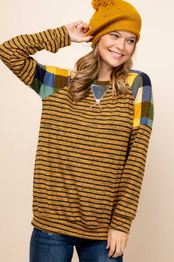 PLUS SIZE CHECKER SLEEVE CONTRAST STRIPED DETAIL TOP