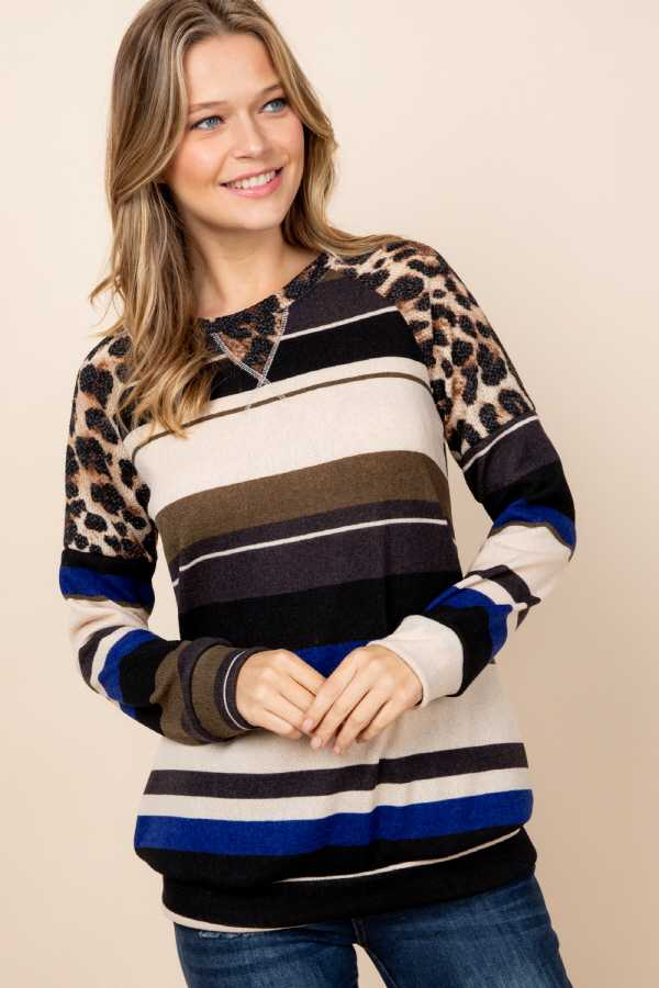 PLUS SIZE ANIMAL PRINT SHOULDER STRIPED DETAILED TOP