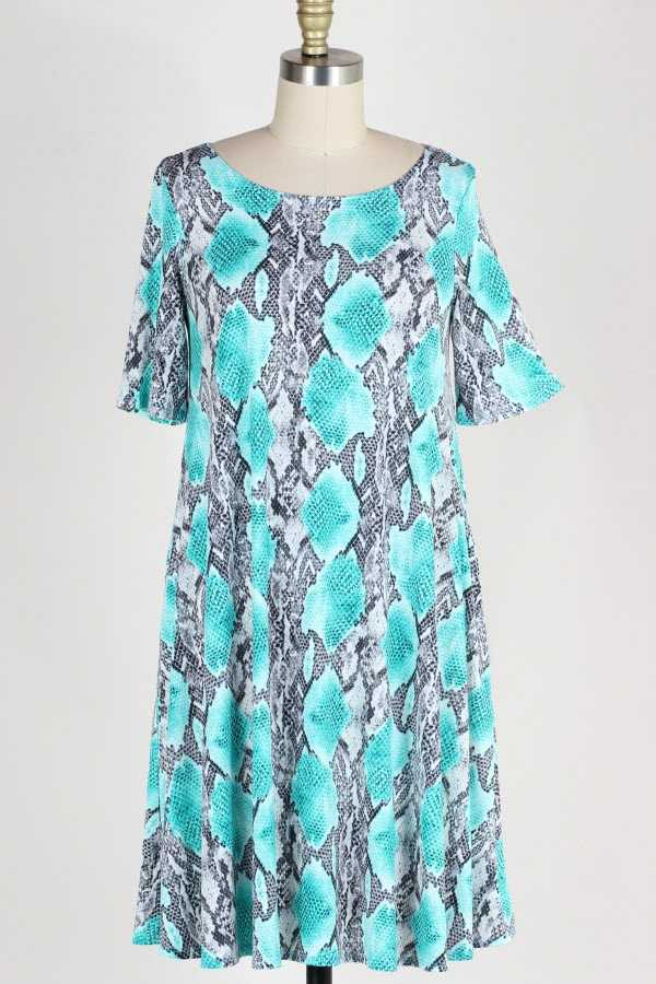 PLUS SIZE SHORT SLEEVE SNAKESKIN PRINT DRESS WITH POCKETS