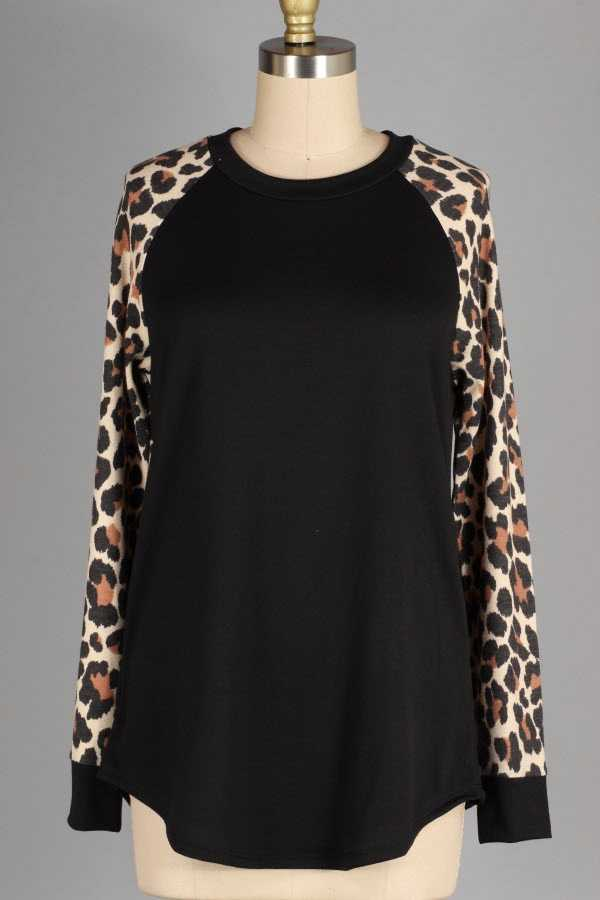 PLUS SIZE LEOPARD PRINT CONTRAST LONG SLEEVE CREWNECK TOP