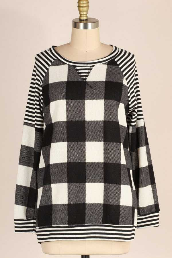 STRIPED CHECKER PRINT CONTRAST KNIT TOP