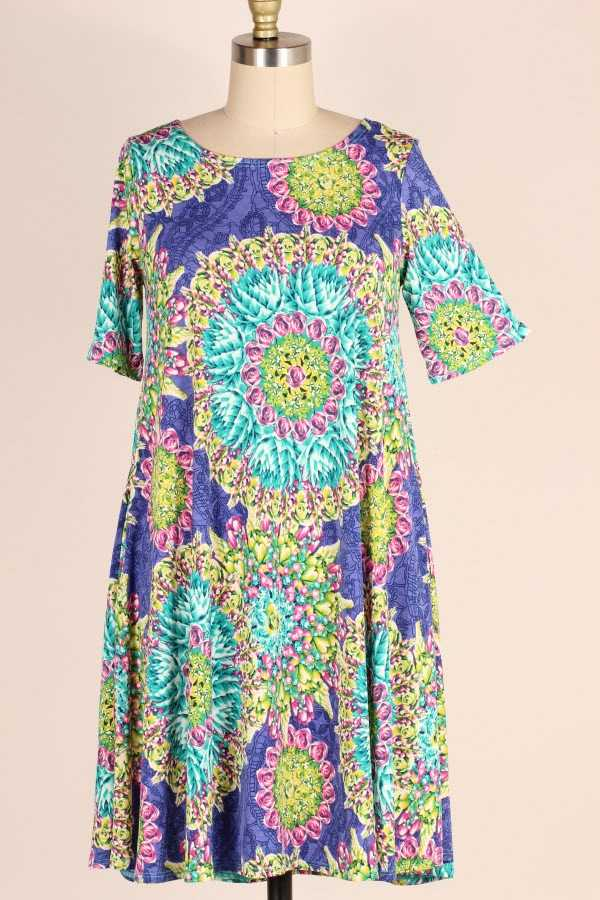 PLUS SIZE SHORT SLEEVE MEDALLION PRINT DRESS WITH POCKETS