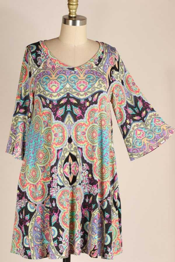 PLUS SIZE WIDE SLEEVE MULTI PRINT DRESS WITH POCKETS