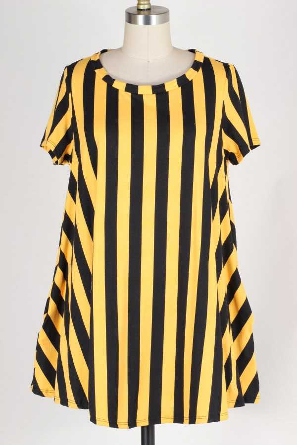PLUS SIZE STRIPED TUNIC TOP WITH POCKETS