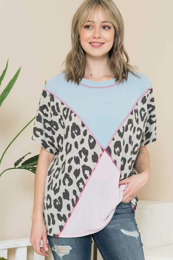 CONTRAST ANIMAL PRINT TUNIC TOP
