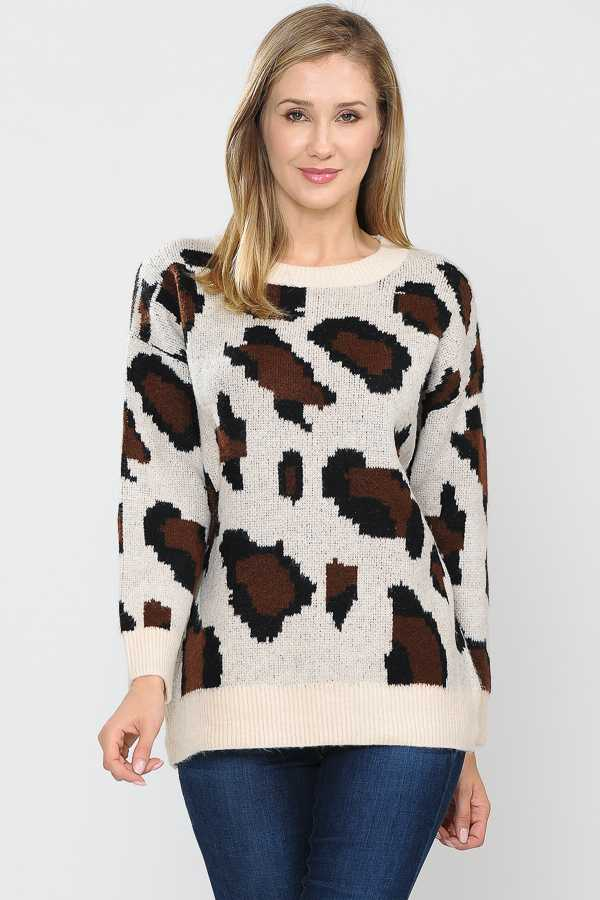 PLUS SIZE ANIMAL PRINT KNIT SWEATER