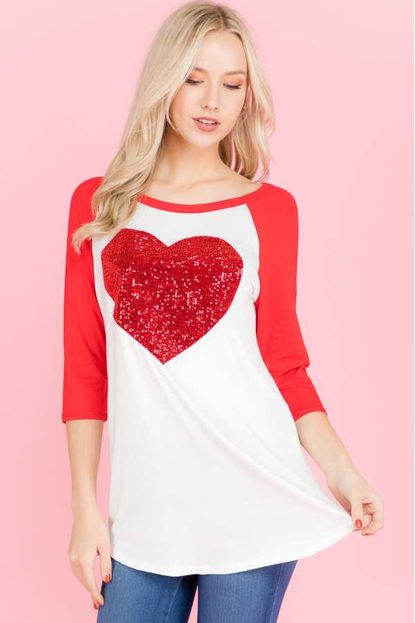 PLUS SIZE SEQUINED HEART PATCH TUNIC TOP