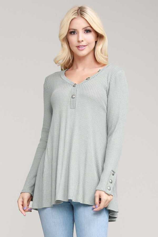 BUTTON DETAILED TUNIC TOP