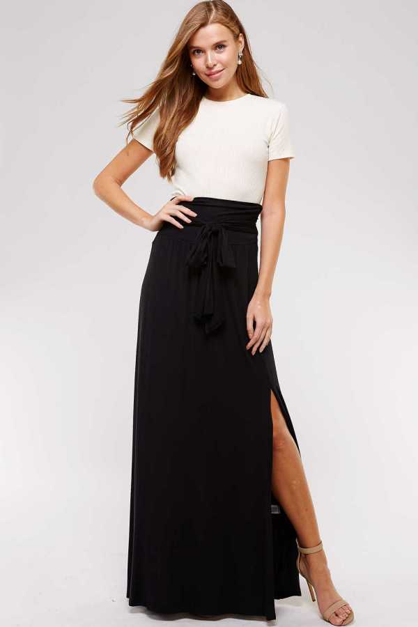 SOLID DETAILED MAXI SKIRT
