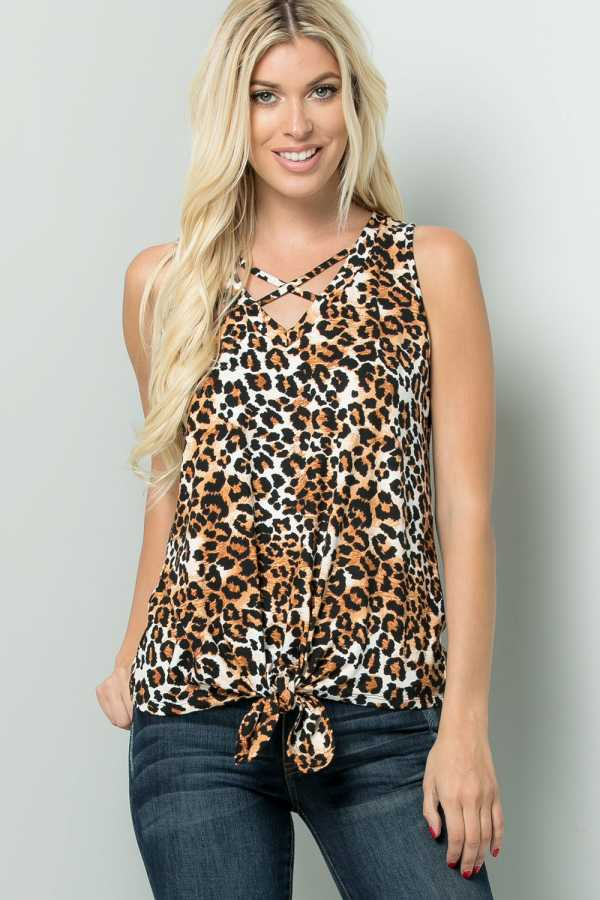 PLUS SIZE CRISS CROSS KNOTTED LEOPARD PRINT TOP