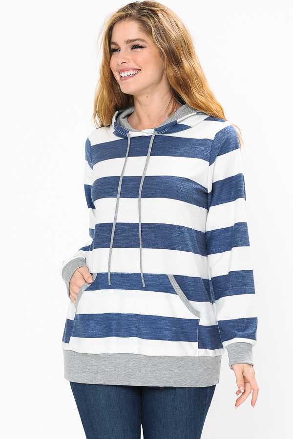 PLUS SIZE STRIPED HOODED TOP WITH POUCH