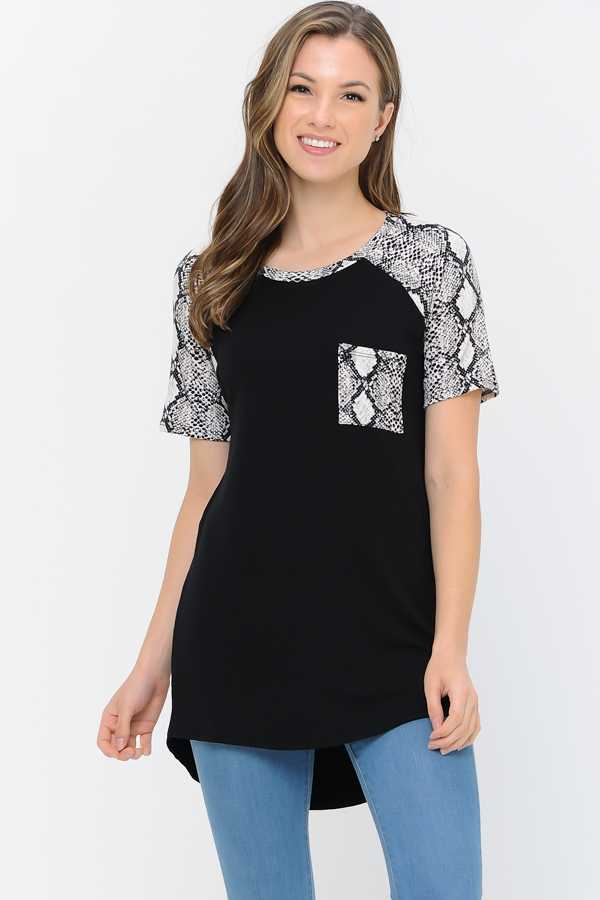 SNAKE PRINT CONTRAST TUNIC TOP WITH POCKETS