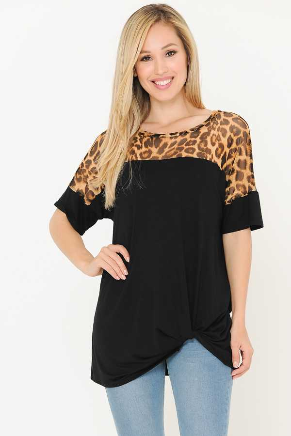 KNOTTED HEM LEOPARD CONTRAST TUNIC TOP