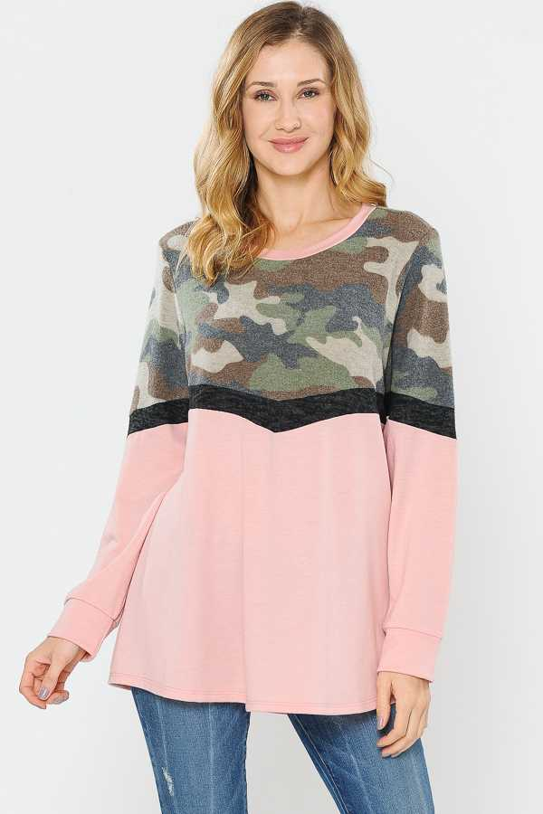 PLUS SIZE CAMOUFLAGE PRINT COLORBLOCKED TUNIC TOP