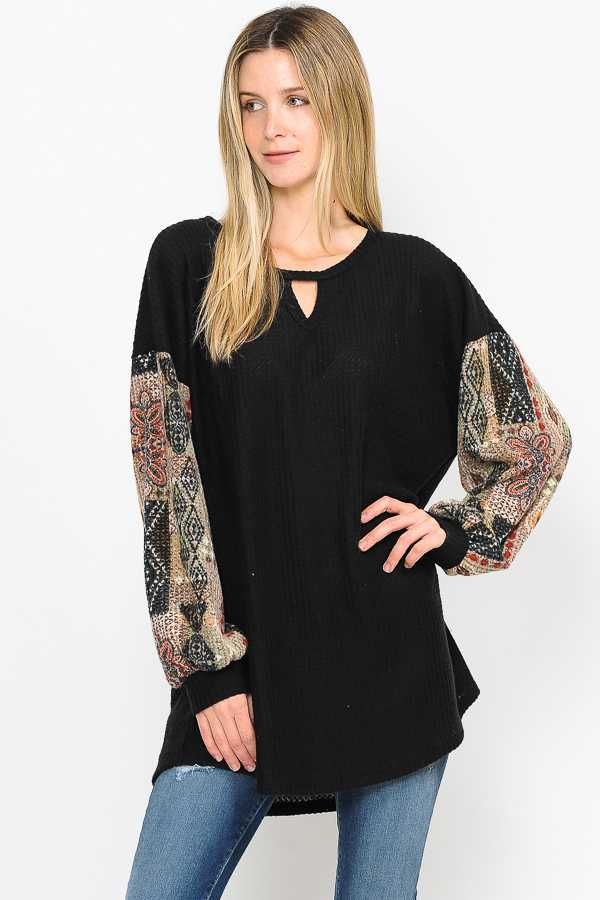 CHEST CUTOUT MULTI PRINT SLEEVE CONTRAST DETAILED TOP