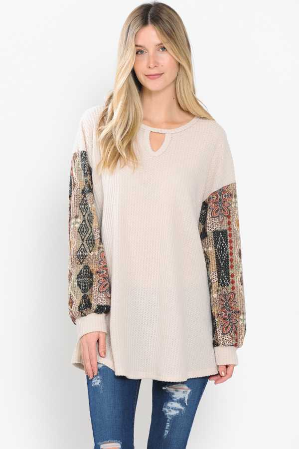 PLUS SIZE-CHEST CUTOUT MULTI PRINT SLEEVE CONTRAST DETAILED TOP