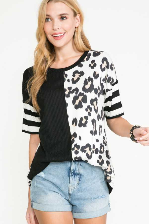 PLUS SIZE-ANIMAL PRINT CONTRAST TOP