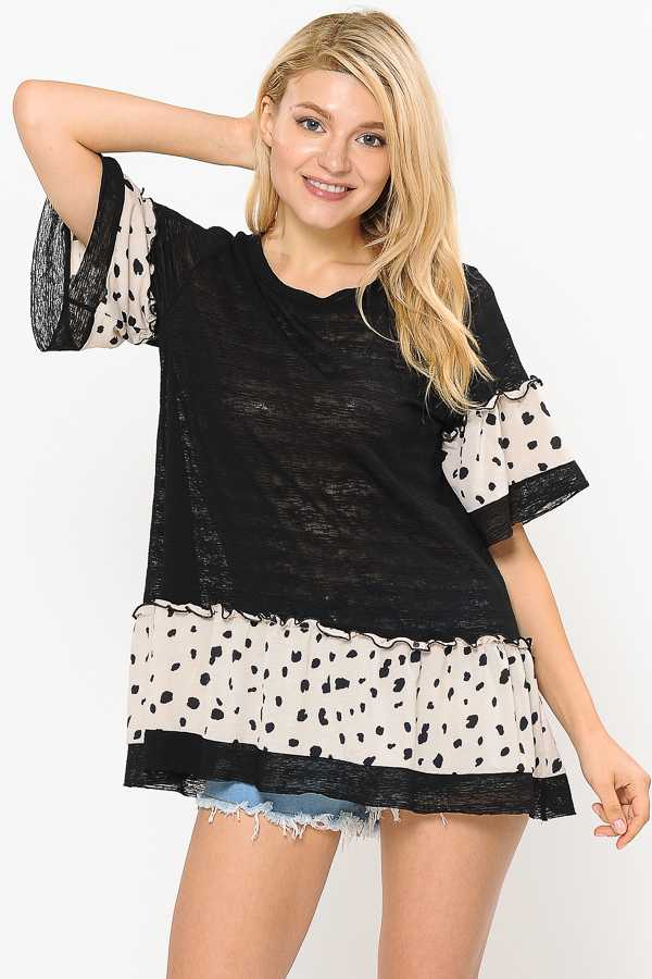 ANIMAL PRINT WIDE SLEEVE DEATIL TOP