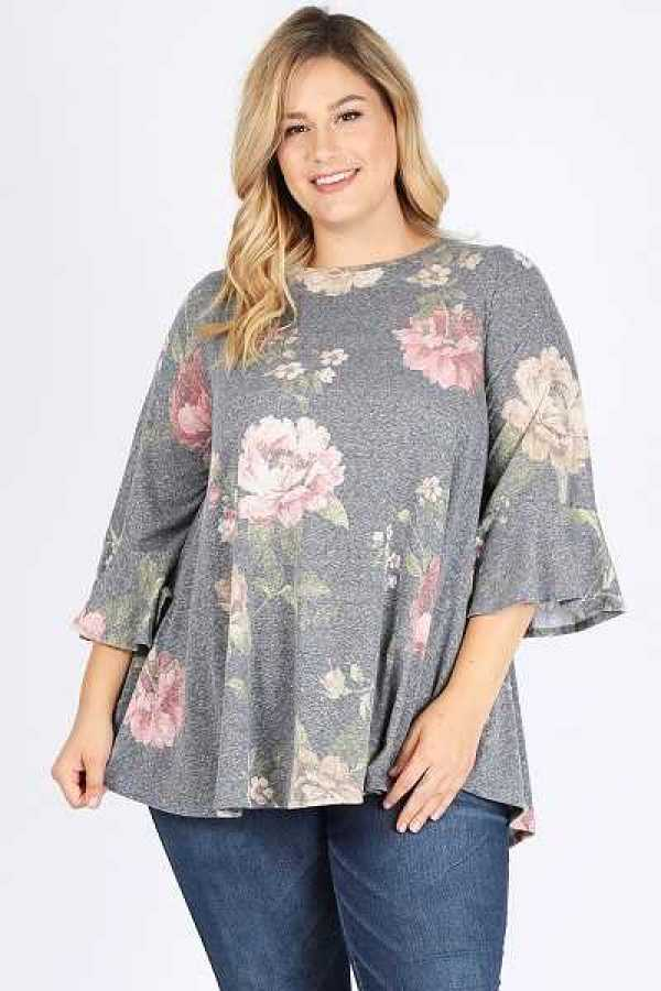 PLUS SIZE RUFFLE SLEEVE FLORAL PRINT TOP WITH POCKETS