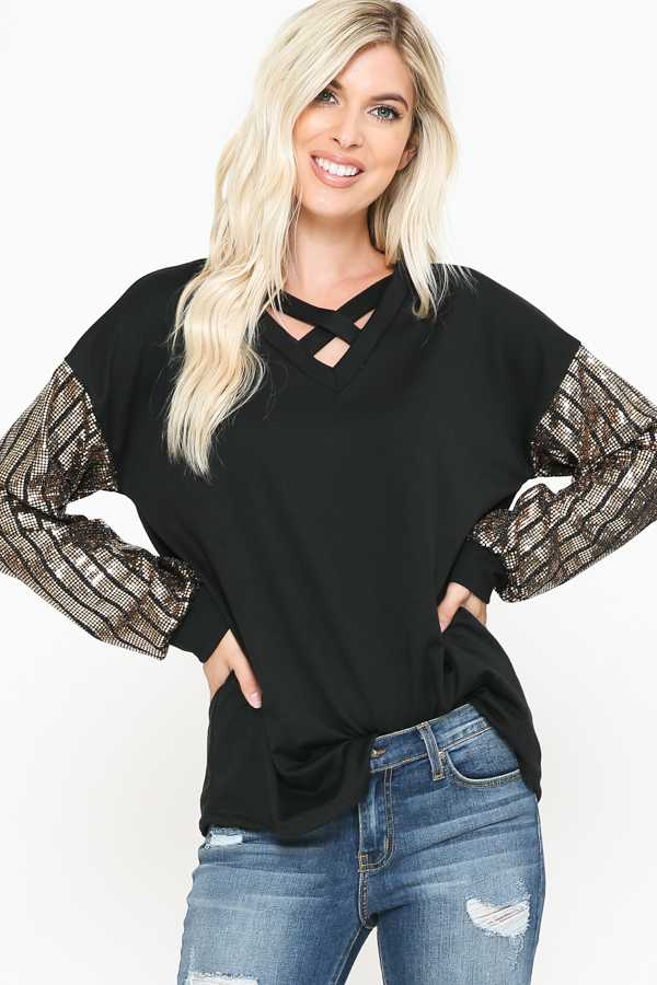 PLUS SIZE-KNIT CROSS STRAP DETAIL TUNIC TOP
