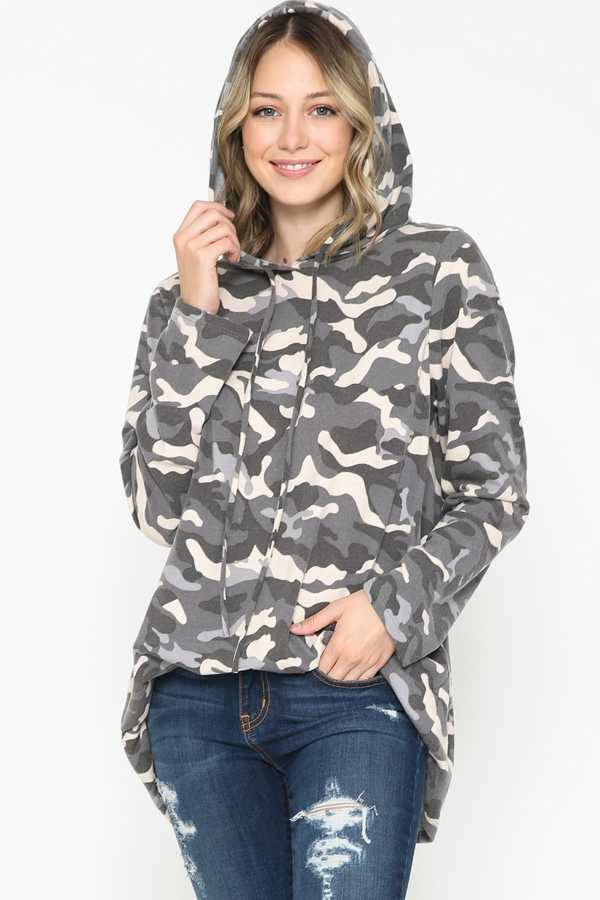PLUS SIZE-CAMOUFLAGE PRINT TUNIC TOP W/HOODIE