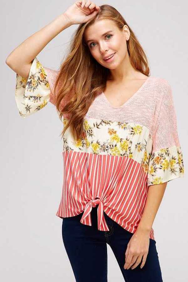 KNOTTED HEM DETAILED TOP