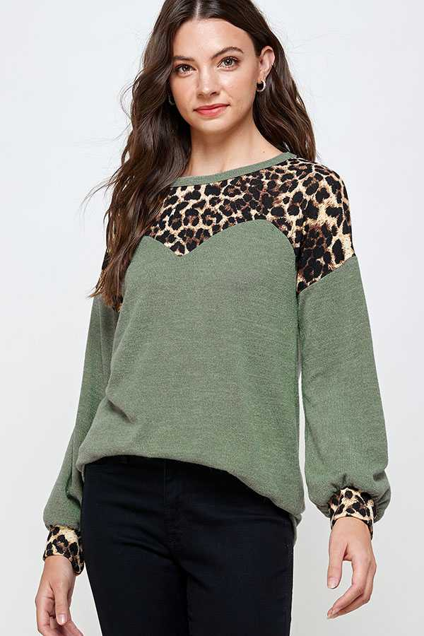 LEOPARD PRINT DETAIL TUNIC TOP