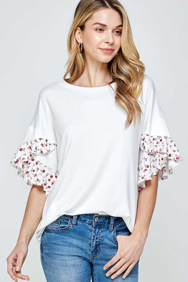 PLUS SIZE-RUFFLE SLEEVE DETAIL TOP