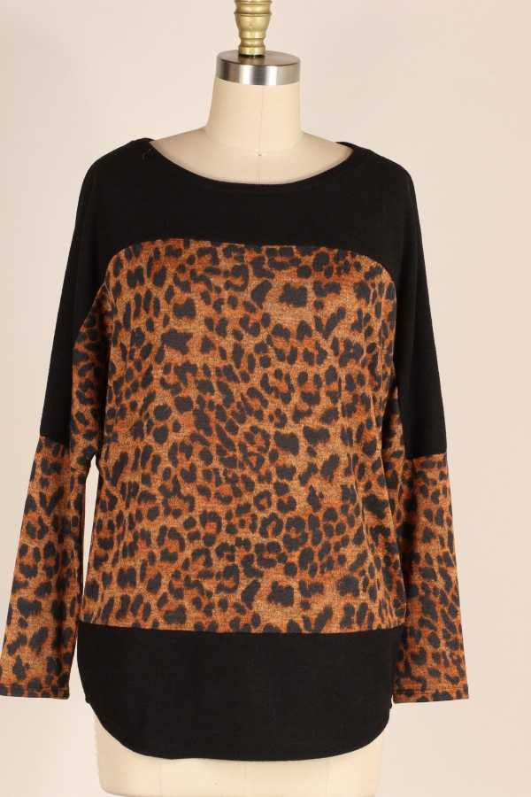 PLUS SIZE-LEOPARD CONTRAST TUNIC TOP