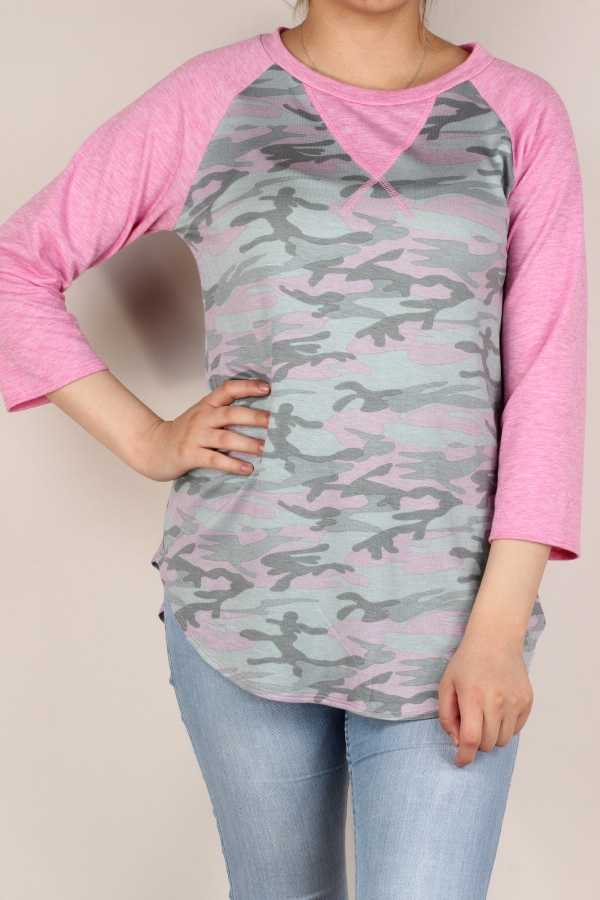 PLUS SIZE-CAMOUFLAGE PRINT CONTRAST TUNIC TOP.