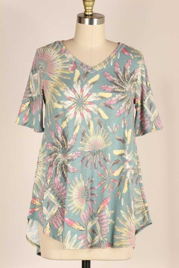 PLUS SIZE-FEATER PRINT TUNIC TOP