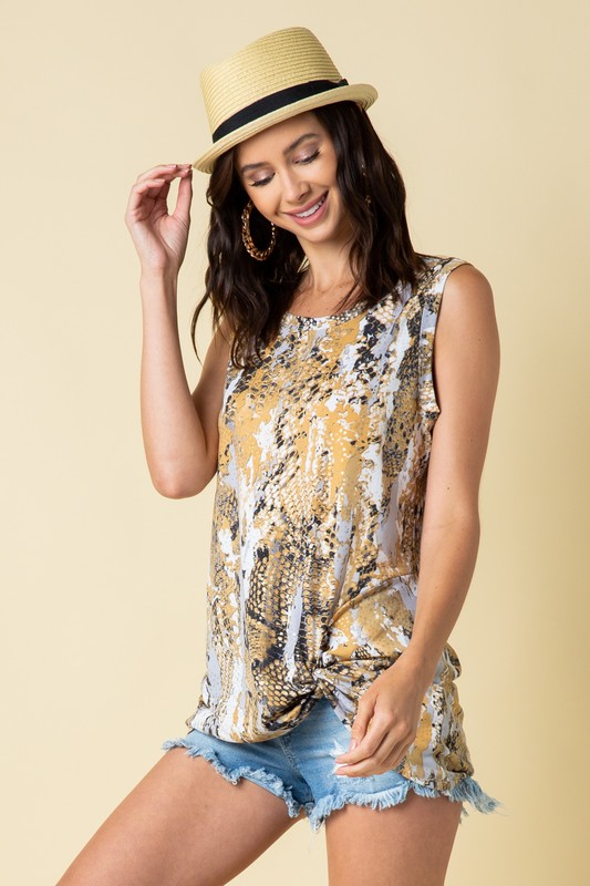 TWISTED HEM PRINT TUNIC TOP