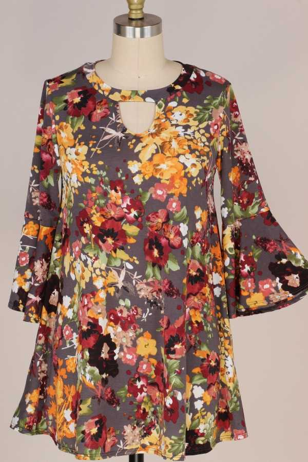 PLUS SIZE-FLORAL PRINT TUNIC TOP W BELL SLEEVE